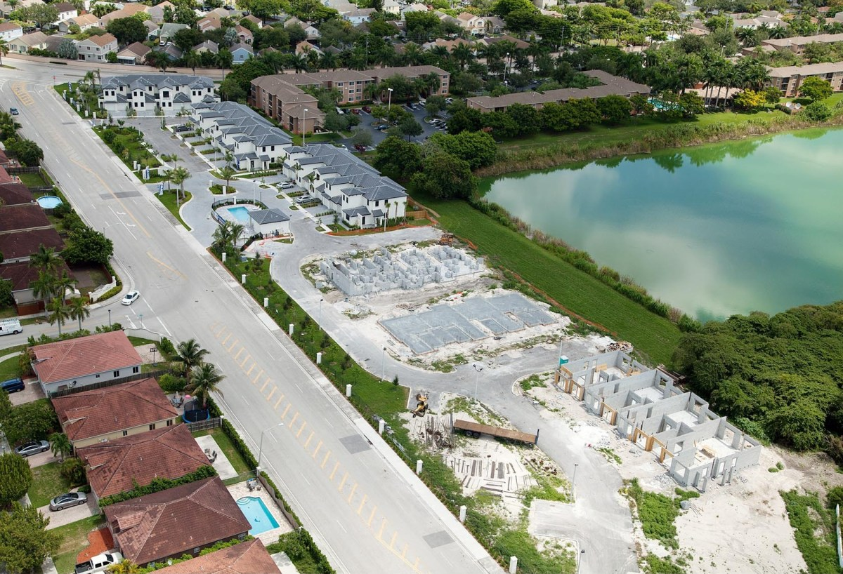 Oak Hammocks Townhomes At Cutler Bay $8,415,000 (SOLD)